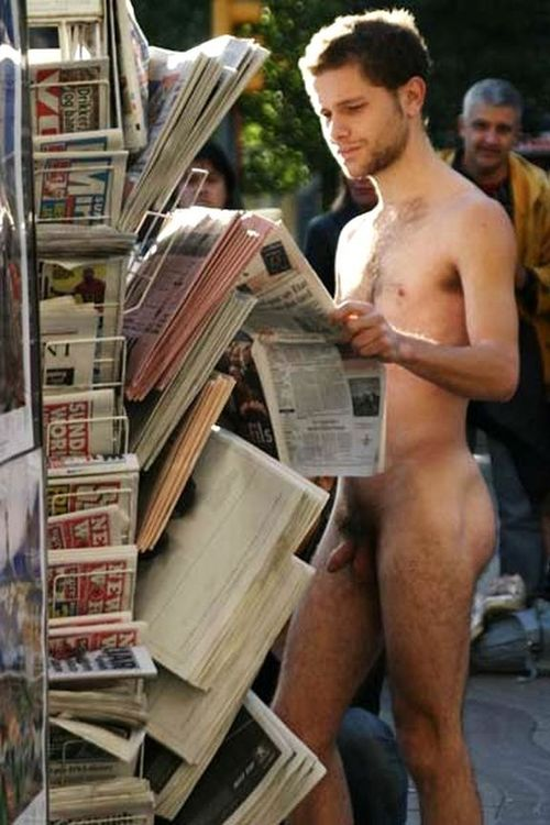 naked-guys-reading-real-girl-cup-video