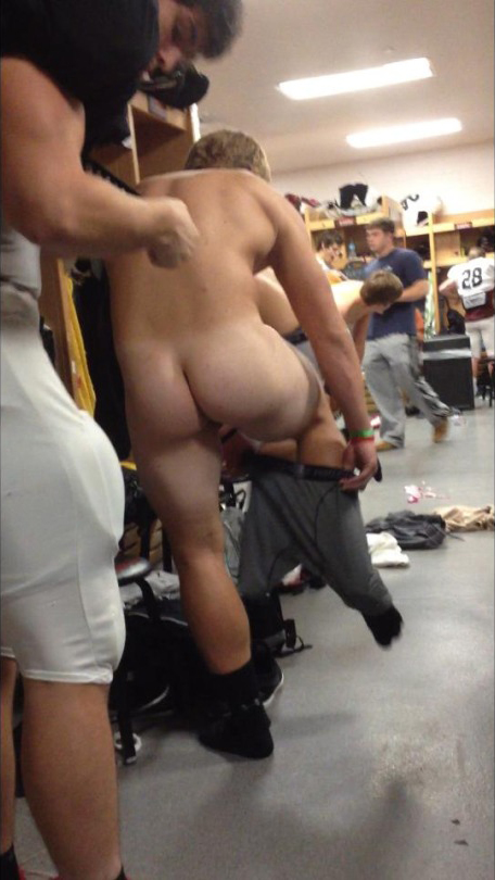 Real naked male athletes in locker room sorry