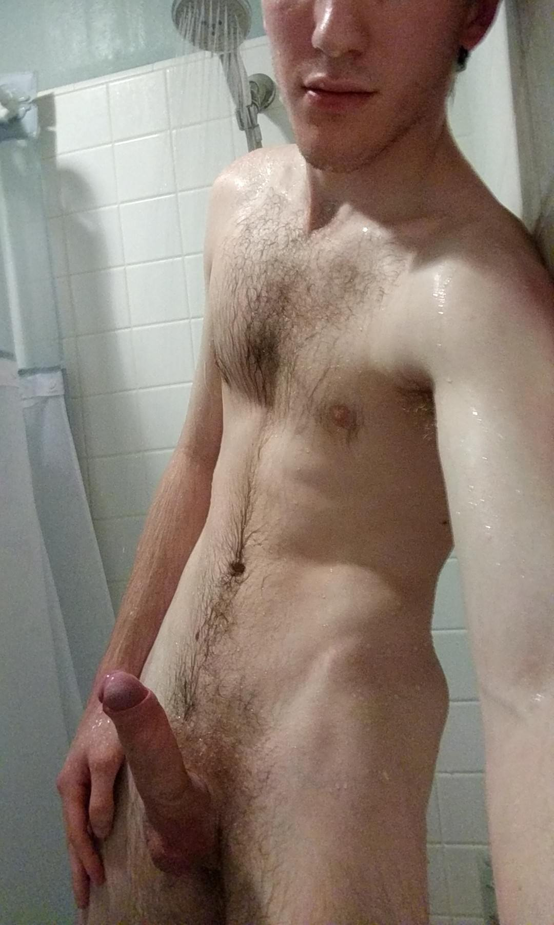 Amateur guy showering wanking