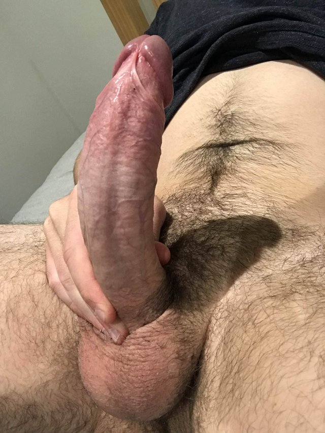 My penis is curved when I'm very hot